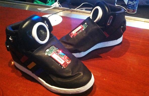 Google et Adidas s'associent pour créer la chaussure du